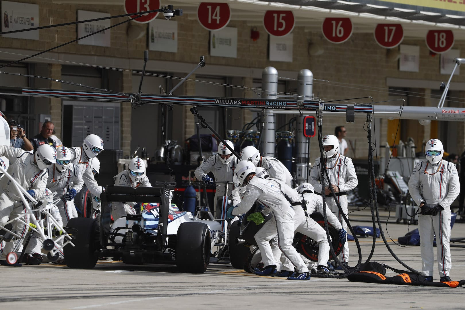 Circuit of the Americas, Austin Texas, USA. Sunday 23 October 2016. Felipe Massa, Williams FW38 Mercedes, makes a pit stop during the race. Photo: Glenn Dunbar/Williams ref: Digital Image _31I4798