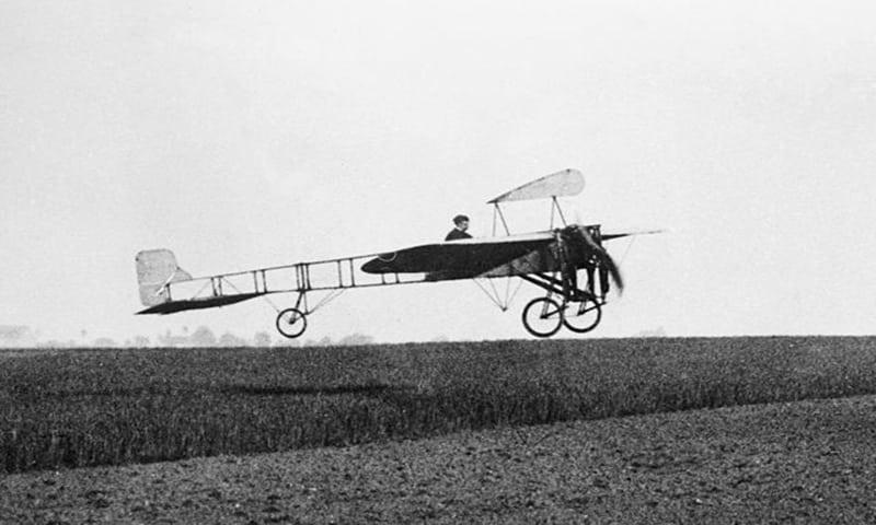 El primer vuelo a través del Canal de la Mancha